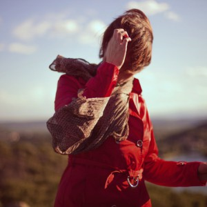 coat-fashion-red-1549-825x550