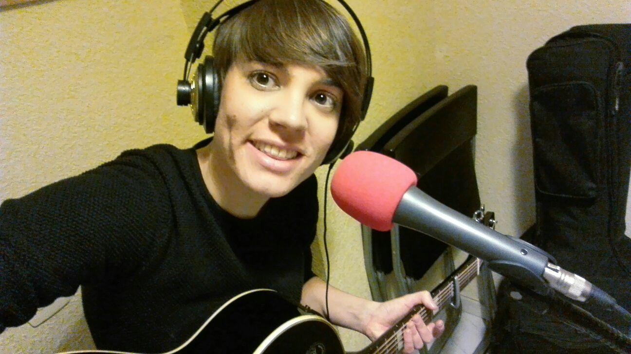 Jessica Mellado en InOutRadio