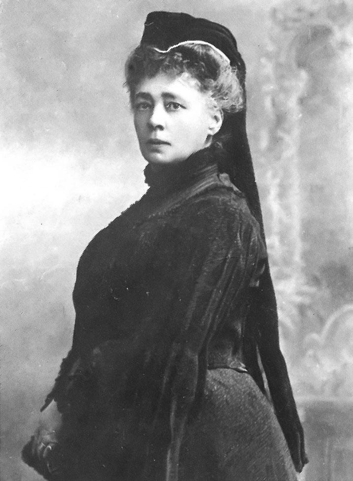 Bertha-von-Suttner-1906 (1)